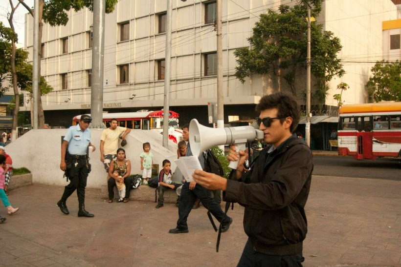 Víctor Rodríguez. BB y deja BB, (2013)